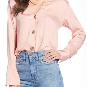 ✨Something Navy Pink Button Up Top✨